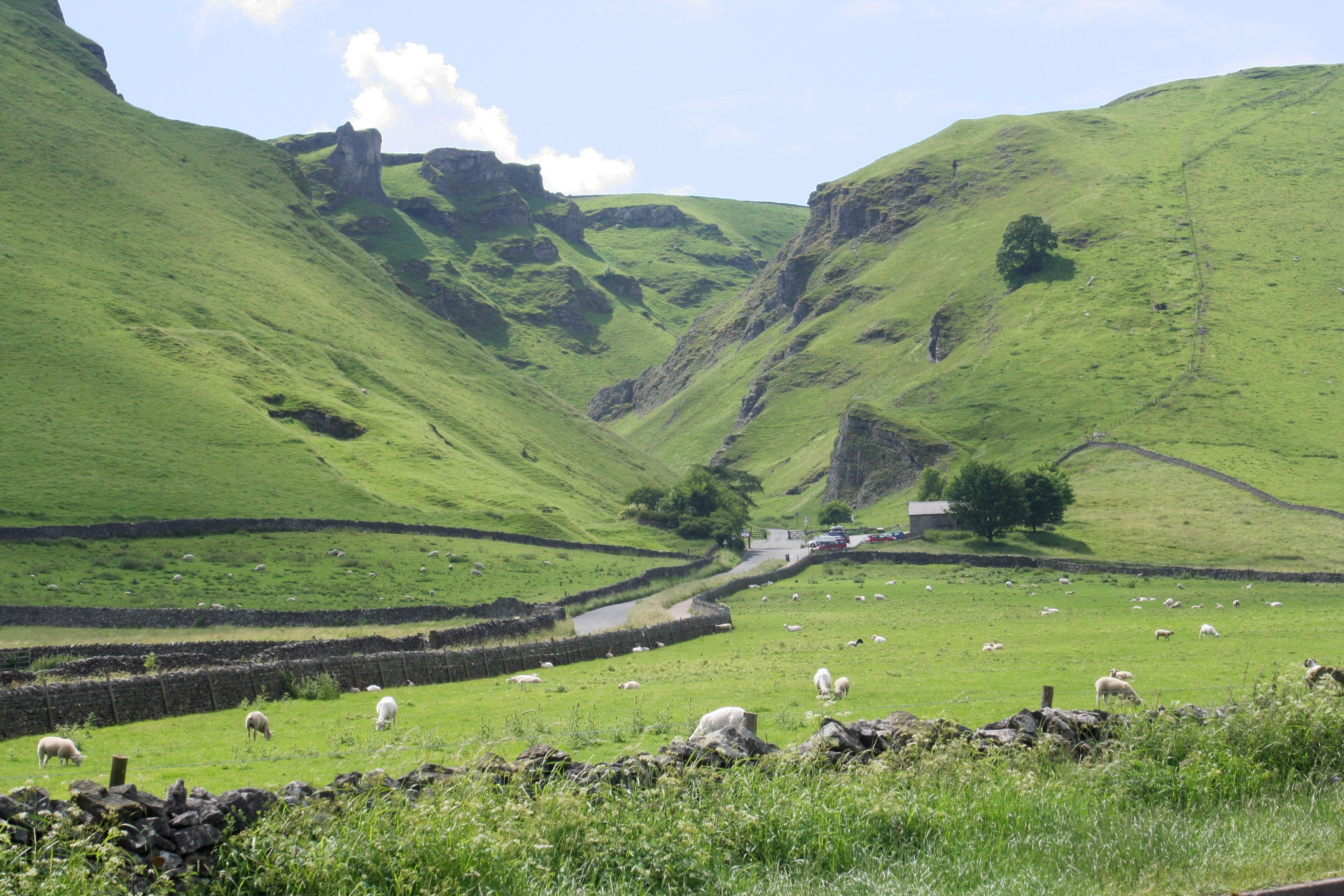 Winnats_Pass_Castleton
